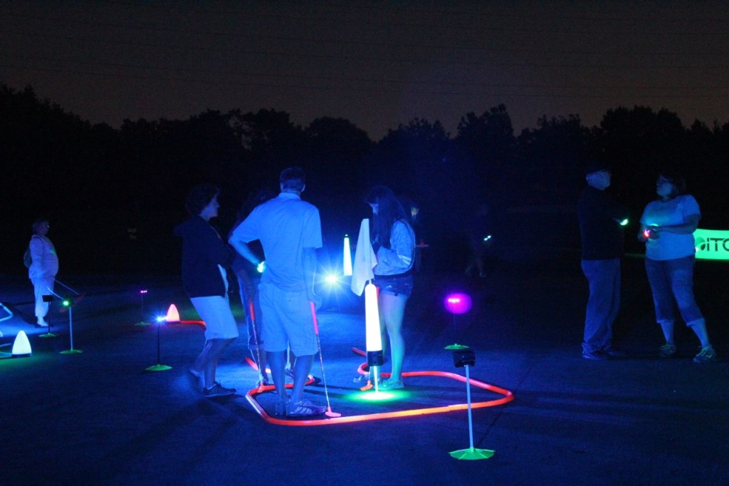 glow in the dark night golf