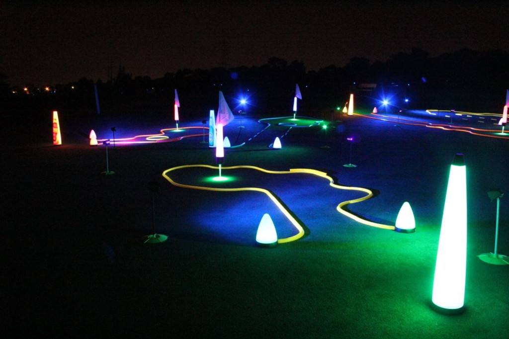 glow night golf