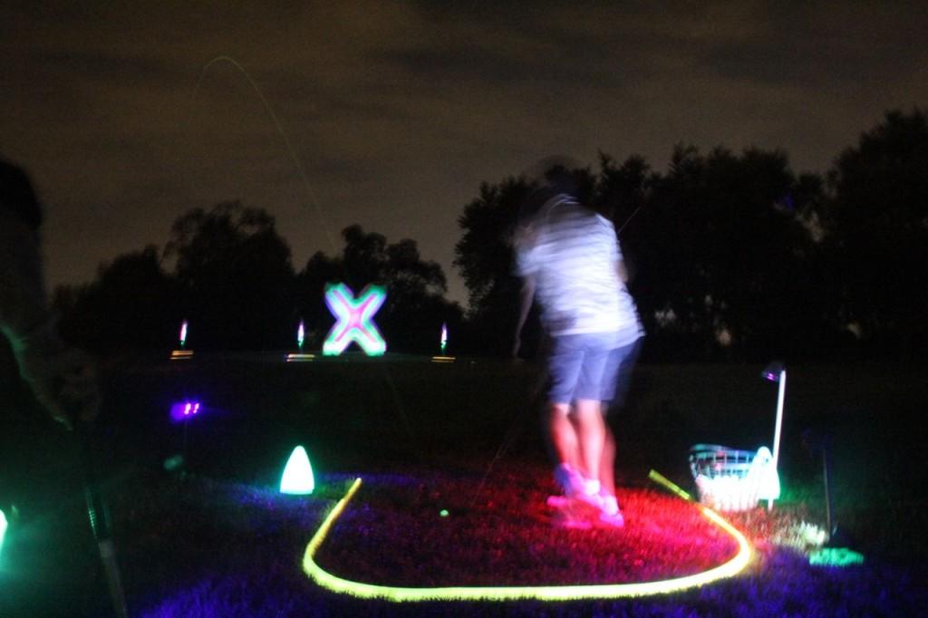 glow golf shot