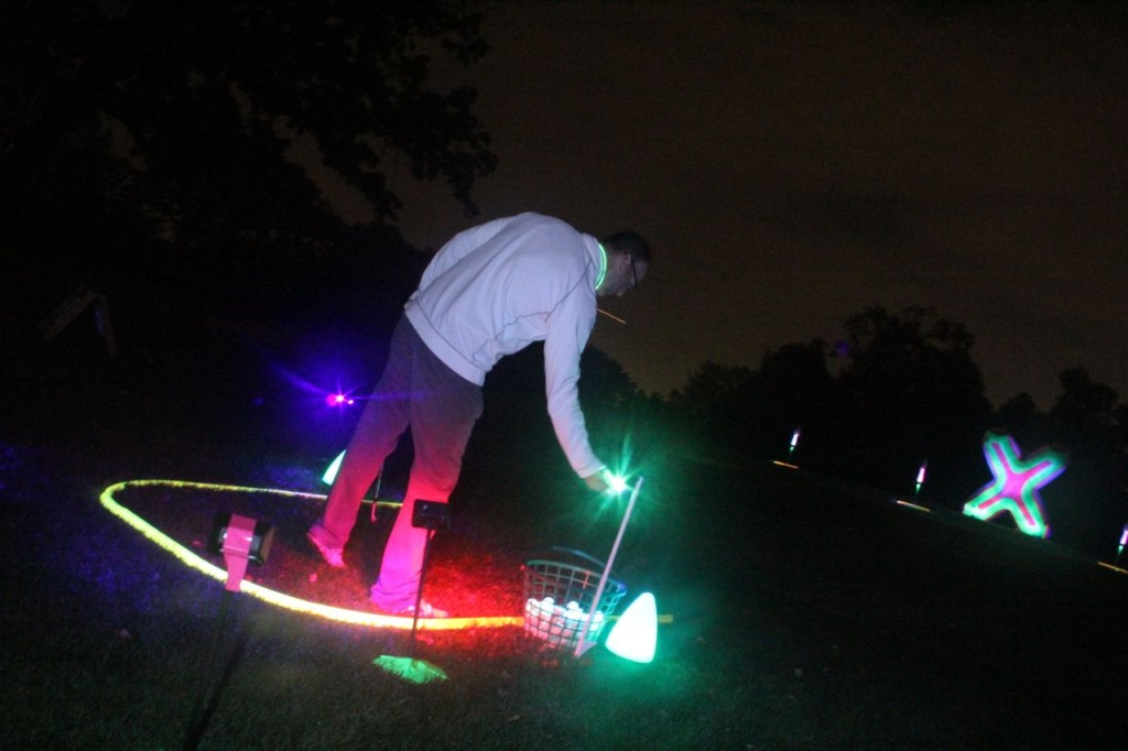 glow golf ball charging up