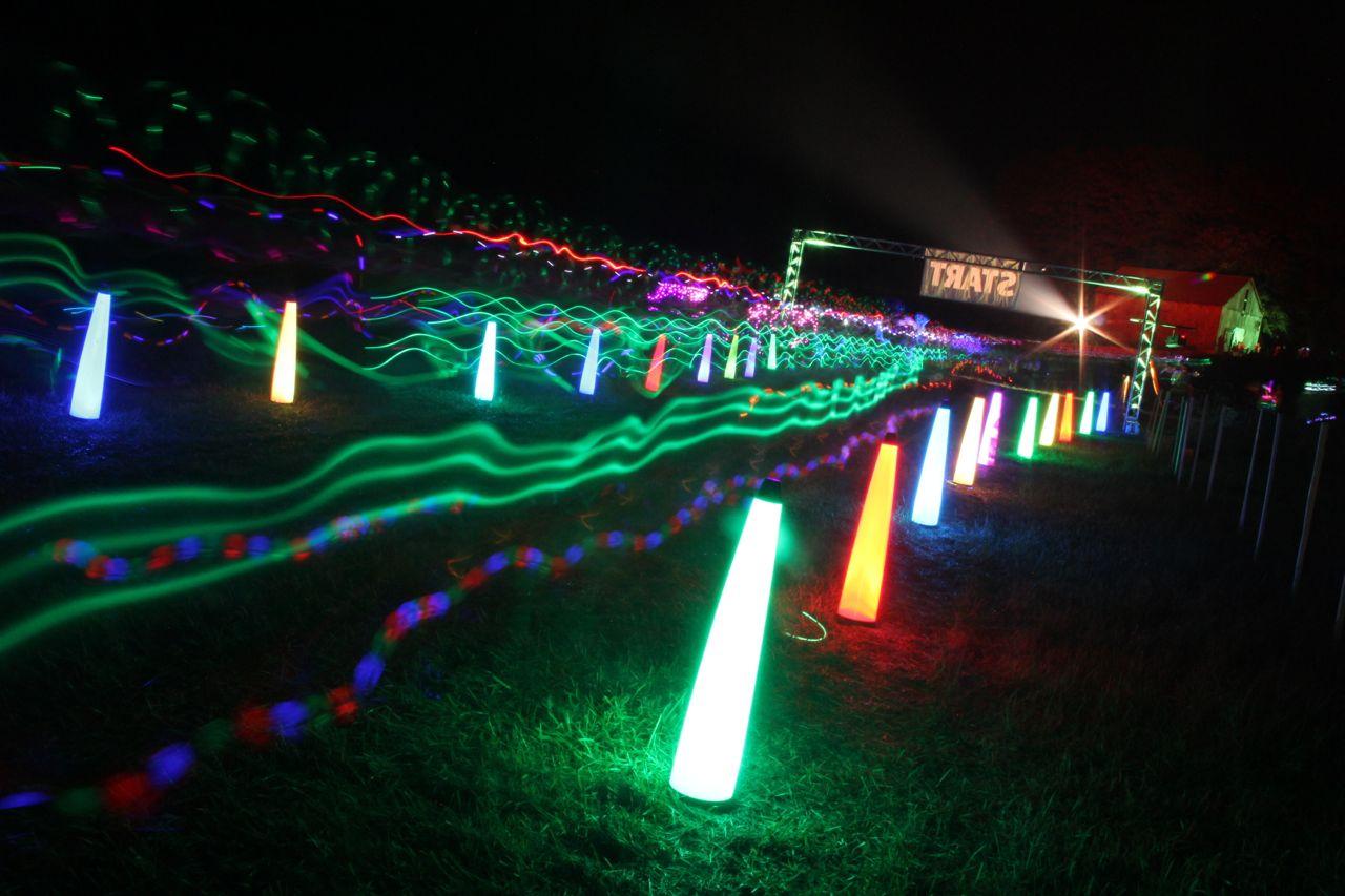 neon run photos
