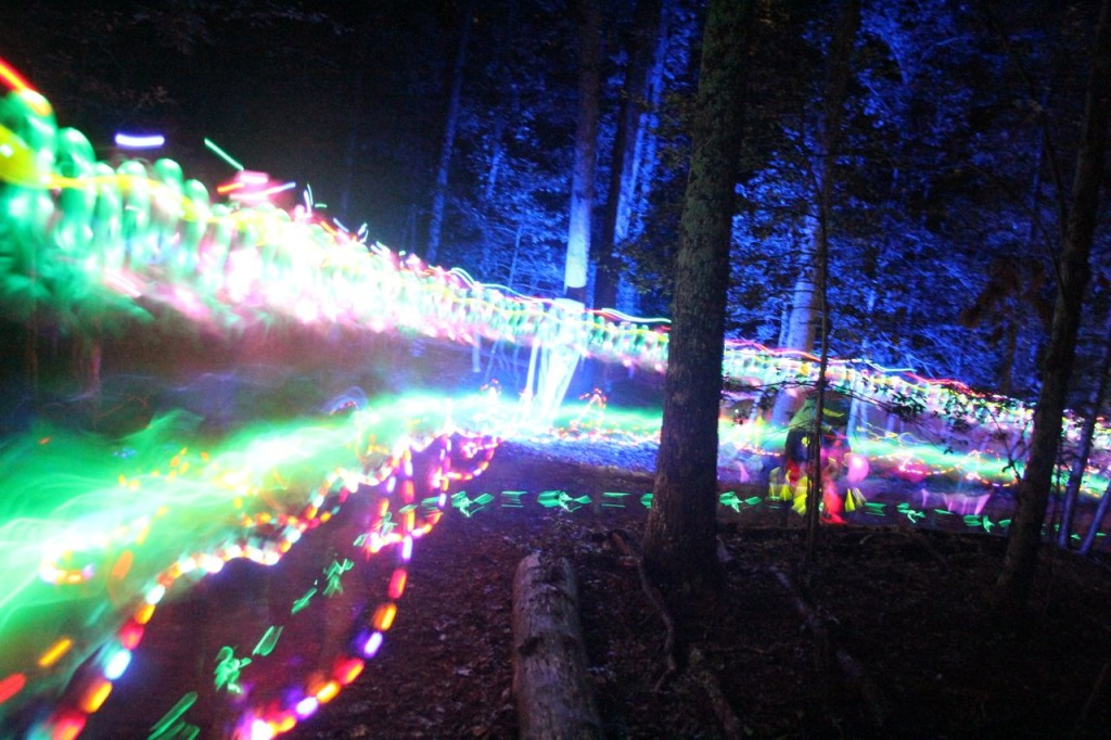 neon fun run through the woods