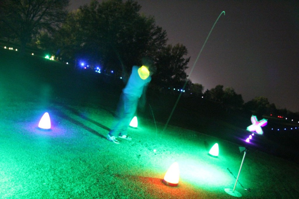 glow golf putting