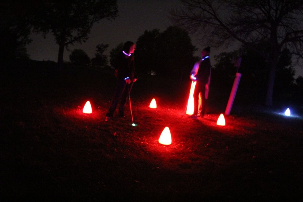 play night golf